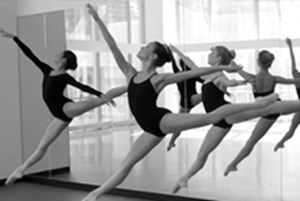 Ballet dancers performing in a row